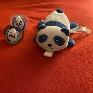 New Tommee Tippee Paci-Snuggie. Panda Bear. 0-6 M